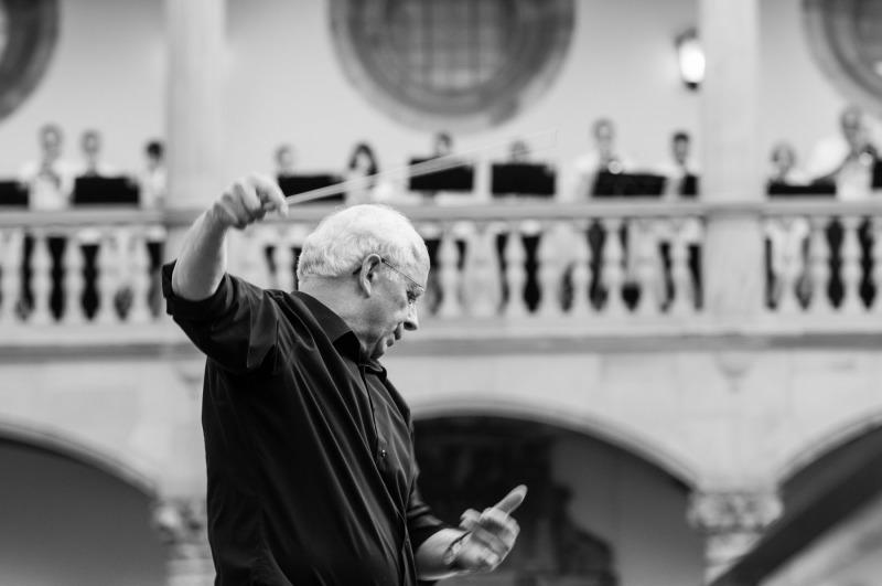 Stuttgart-Abschiedskonzert-Dirigent_20150620_005