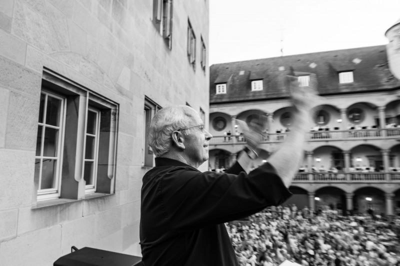 Stuttgart-Abschiedskonzert-Dirigent_20150620_006