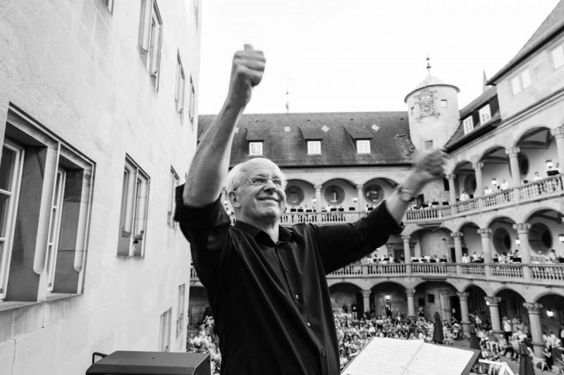 Stuttgart-Abschiedskonzert-Dirigent_20150620_007