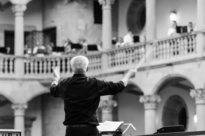 Stuttgart-Abschiedskonzert-Dirigent_20150620_010